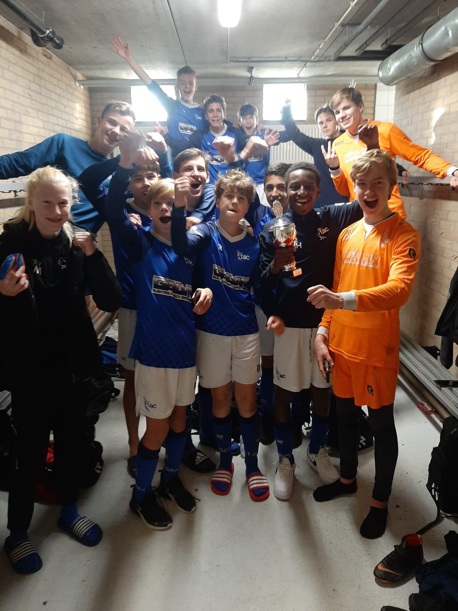 TSC JO15-1 5e plaats Toptoernooi in Vlaardingen (Victoria'04).